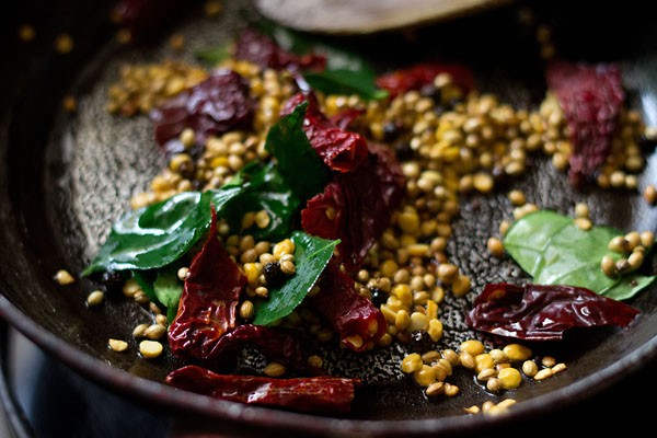 tempering for hotel style tiffin sambar recipe