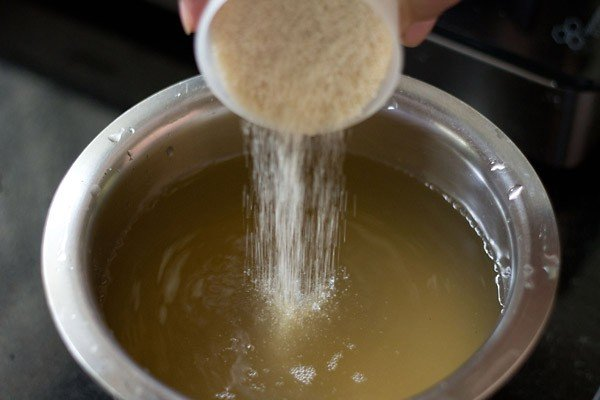 add sugar to khus extract