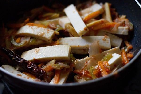 add paneer to make paneer jalfrezi recipe