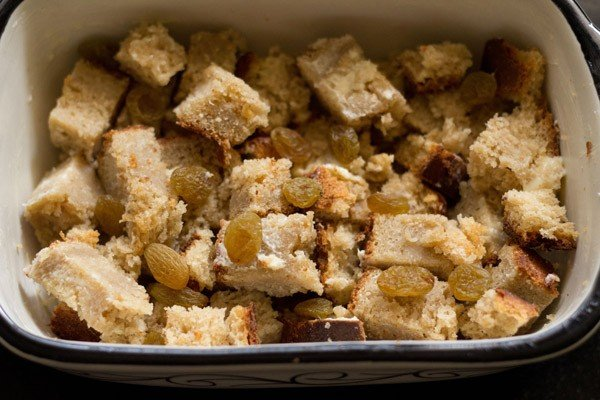 layered buttered slices to make bread butter pudding recipe