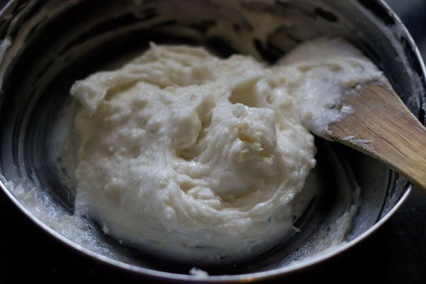 flour for making eggless mawa cake recipe
