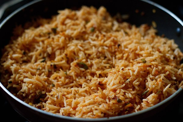 schezwan fried rice ready to be served