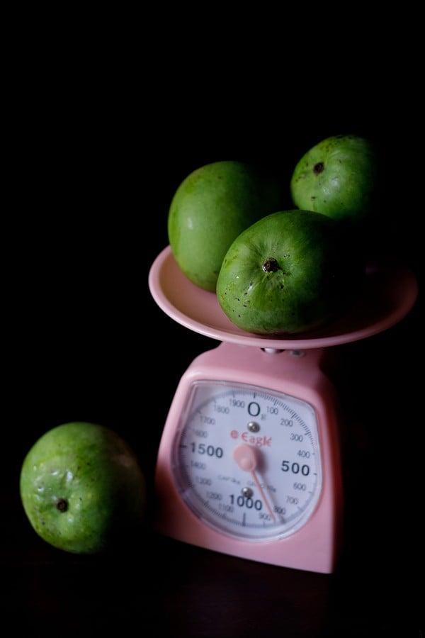 raw unripe mangoes for making mango pickle
