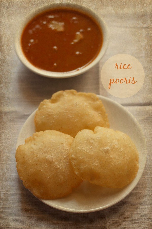 rice pooris recipe, how to make rice pooris | tandalache vade