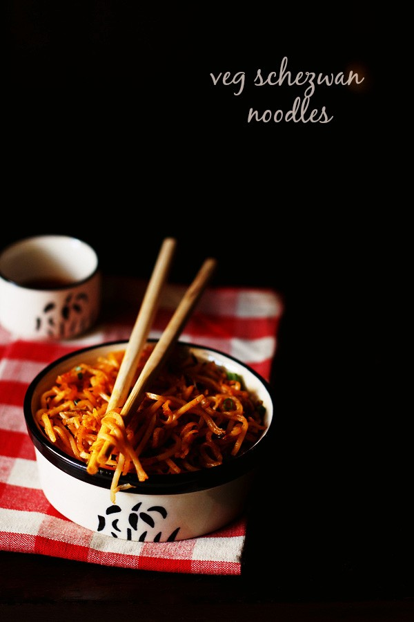 vegetable schezwan noodles recipe, schezwan noodles recipe