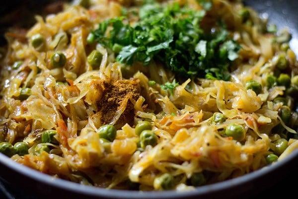 cooking bandh gobi matar recipe