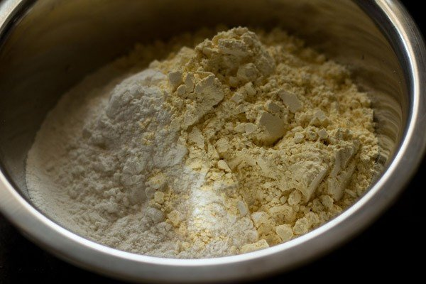 flour for making chakli recipe