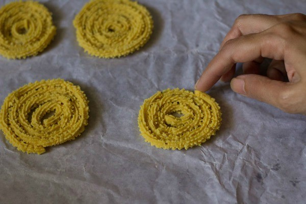making instant chakli recipe