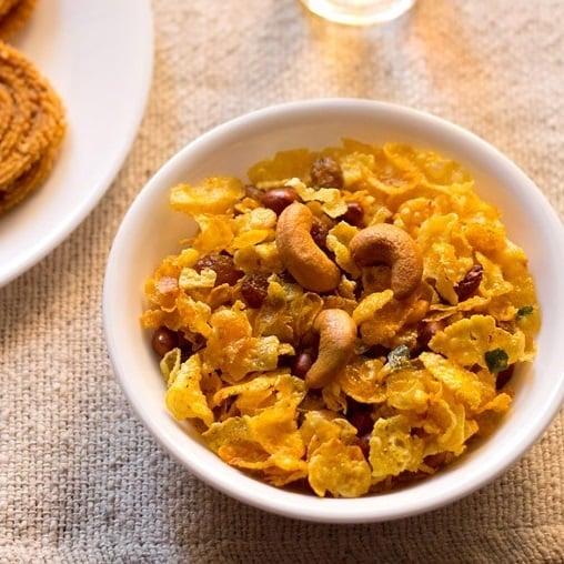 cornflakes chivda recipe, makai chivda recipe