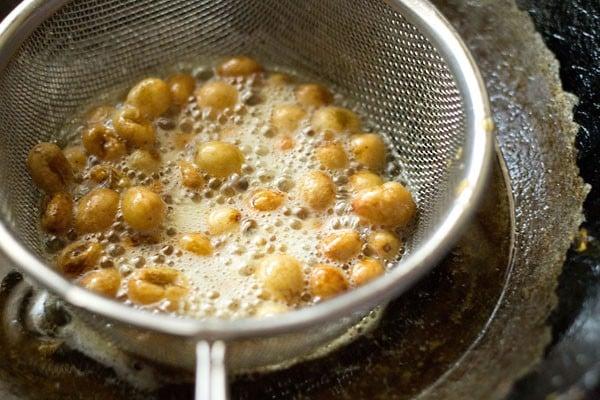 fried golden & plump raisins