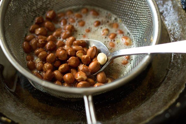 frying peanuts for cornflakes chivda recipe