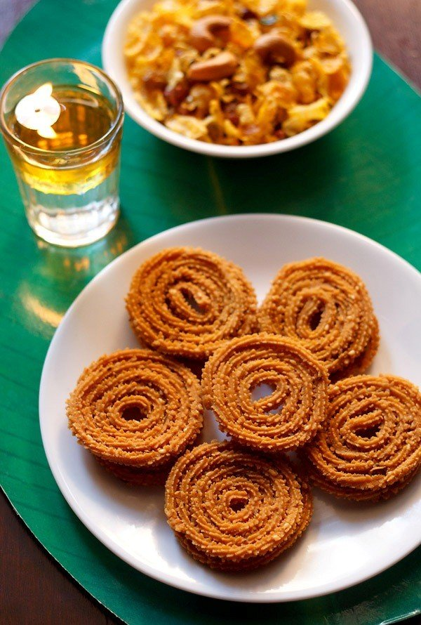 chakli recipe, how to make instant chakli recipe | stepwise