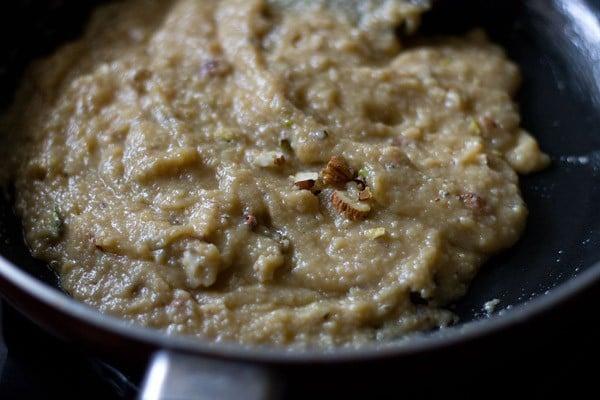 cook khoya barfi mixture