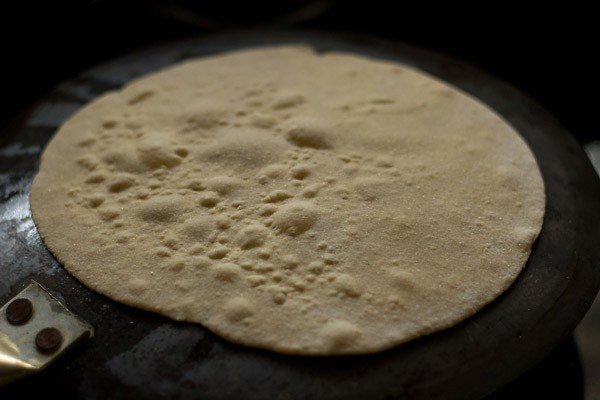 making rotis for aloo tikki wrap recipe