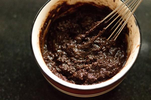 making banana chocolate mousse recipe