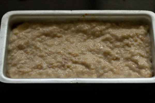 mashed bread mixture for pudding