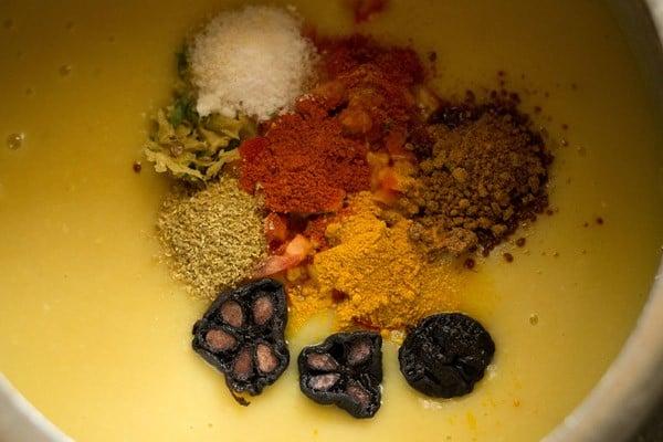 add spices to make gujarati dal recipe