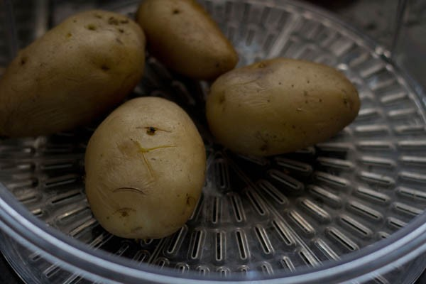 steam potatoes
