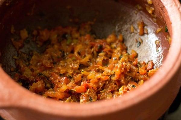 sauteed tomatoes for veg handi