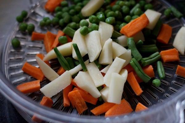 veggies for veg kolhapuri recipe