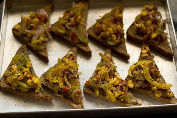 add cheese to bread pizza recipe