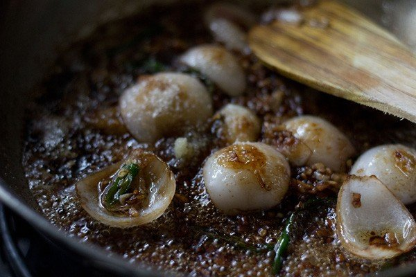 add soy sauce - chilli mushroom recipe