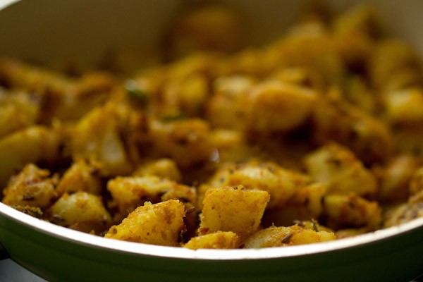 stir hing jeera aloo recipe