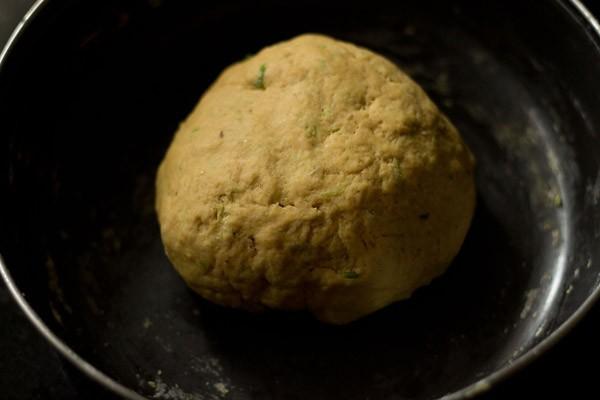 lauki thepla dough