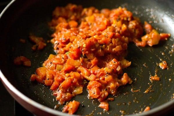 sauting tomatoes or tameta