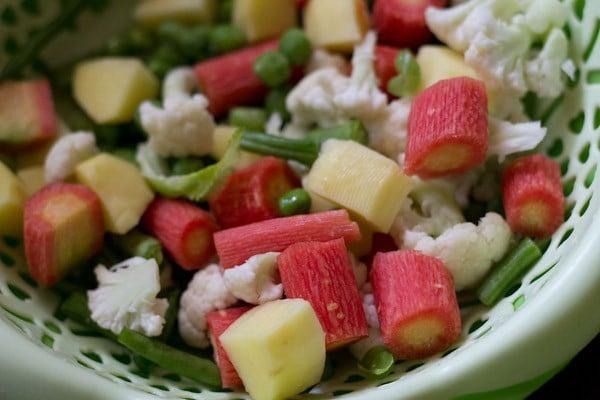 vegetables for veg paratha recipe