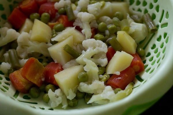 mix vegetables for veg paratha recipe