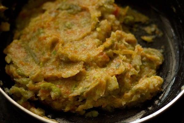 mashed vegetables to make vegetable paratha recipe