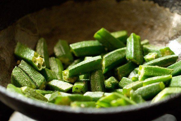 sauting bhindi for bhindi masala recipe