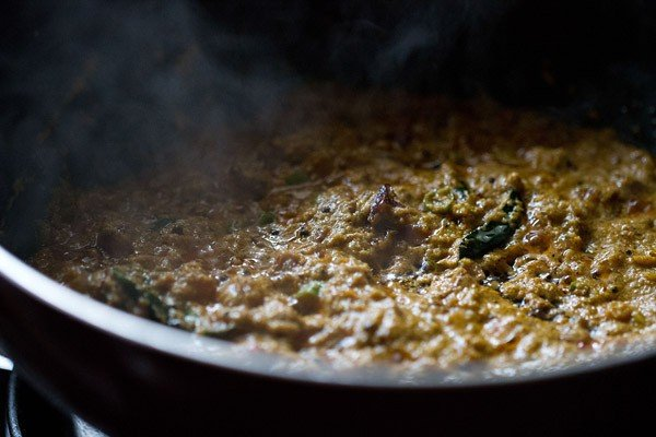 stir kerala kadala curry