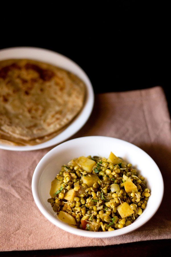 moong sprouts curry
