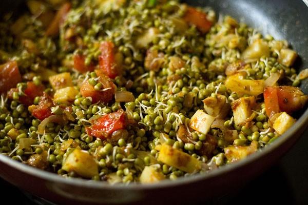 stir moong sprouts sabzi