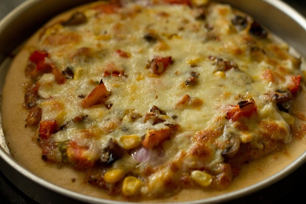 baked whole wheat veg pizza recipe