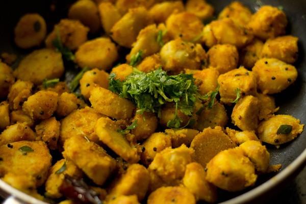 coriander for arbi roast recipe