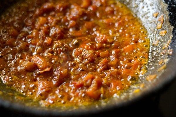 sauting for chole paneer masala