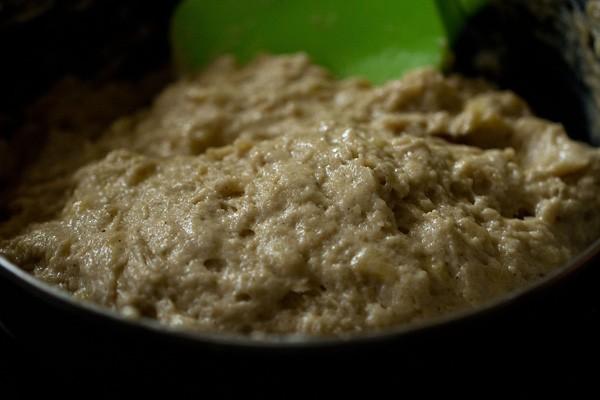 batter for preparing eggless banana muffins recipe