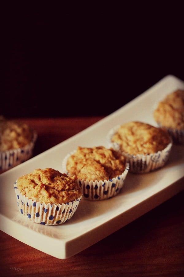 eggless banana muffins recipe, banana muffins recipe