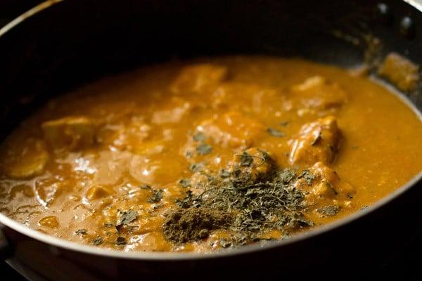 kasuri methi for paneer lababdar recipe
