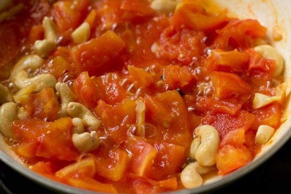 tomatoes for paneer lababdar recipe