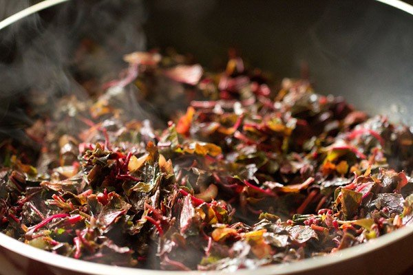 stir red amaranth sabzi