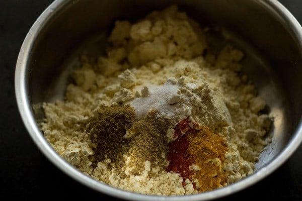 ingredients for baingan pakora recipe