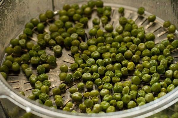 peas or matar for green peas masala recipe