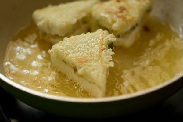 frying paneer for paneer pasanda recipe
