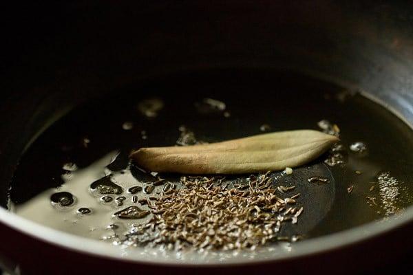sauting spices for paneer pasanda recipe
