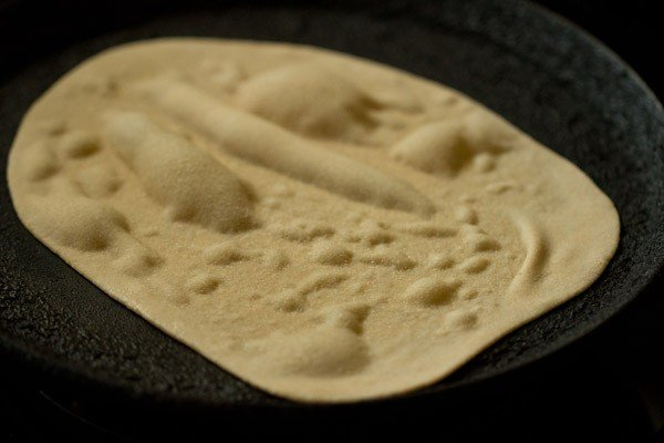 making tandoori roti recipe