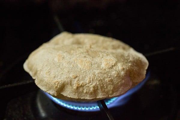 cooking jowar rotis